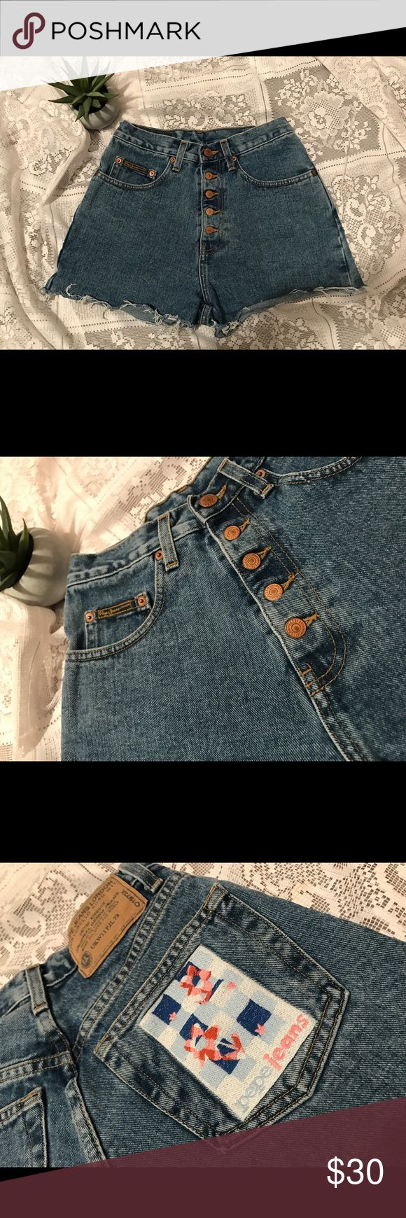 Vintage Pepe Shorts ⭐️ (Cyber Monday) Vintage Pepe Shorts, in perfect condition. Size 27, but could fit a 26. CYBER MONDAY SALE!  ⭐️ originally 30 LISTING FOR 15 ⭐️ Pepe Jeans Shorts Jean Shorts