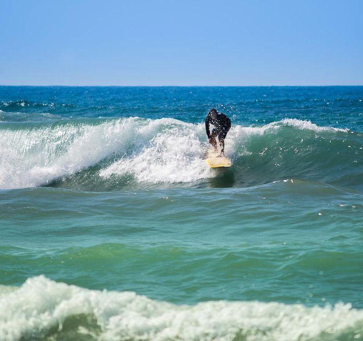Surfer  by www.gronlundsperspektiv.se