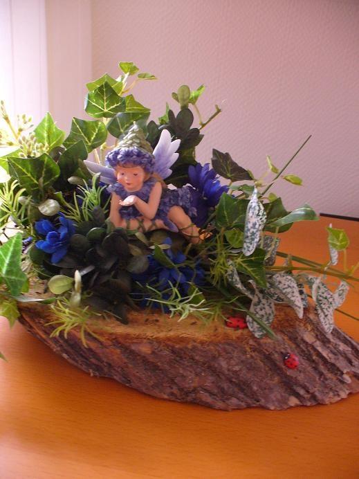Het blauwe druifjes-elfje  von Christl Vogl