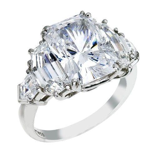 Emerald cut diamond ring | engagement ring