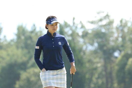 撮れたて!トーナメントLIVE PHOTO NOBUTA GROUP マスターズGCレディース(no51218) ツアー情報   ゴルフのポータルサイトALBA.Net