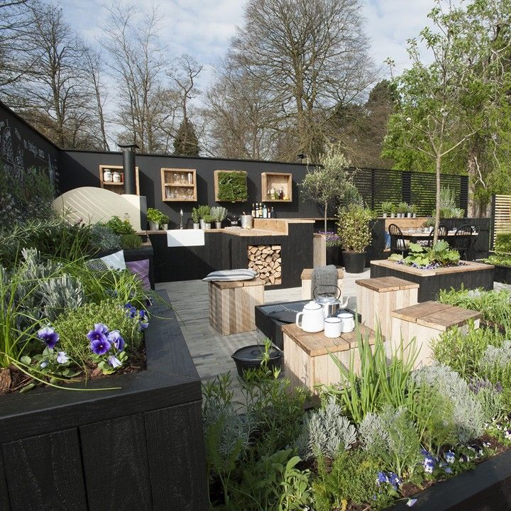 GOLD MEDAL AND BEST IN SHOW- RHS CARDIFF 2015 - Victoria Wade Landscapes