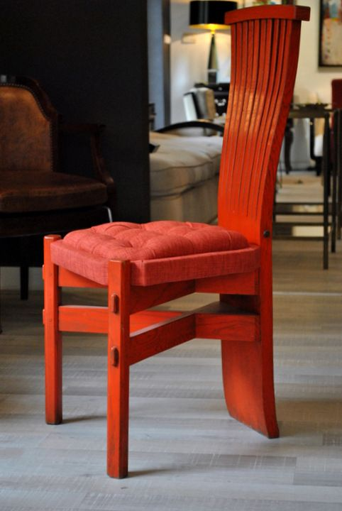 Super stuff: authentic arts and crafts chairs from Wien. Original paint, restored!