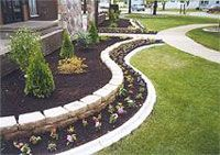 simple landscaping ideas for front of house | Landscape border ideas - easy landscaping ideas for small front yard