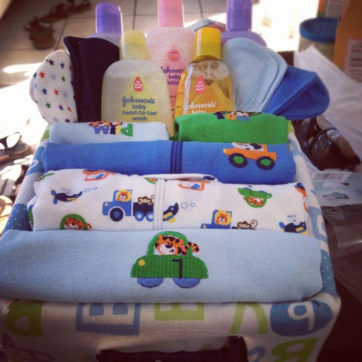 Baby shower DIY gift basket (boy)