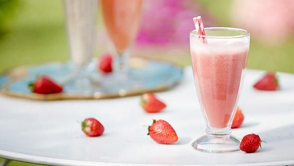 Summer berry smoothie recipes