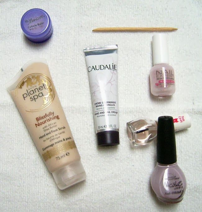 Products for a perfect manicure http://dianabeautymix.blogspot.ro/2014/01/10-steps-for-perfect-manicure.html