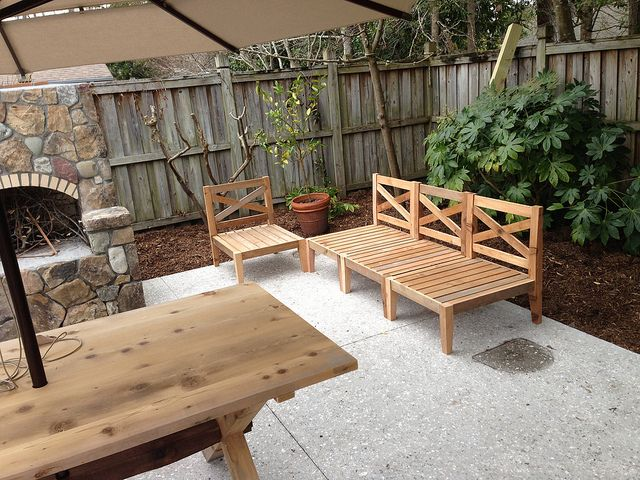 Outdoor Sectional | Outdoor Furniture Tutorials | Pinterest | Outdoor sectional, Wood projects ...