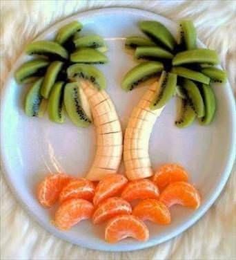 Meyve salatası sunumları