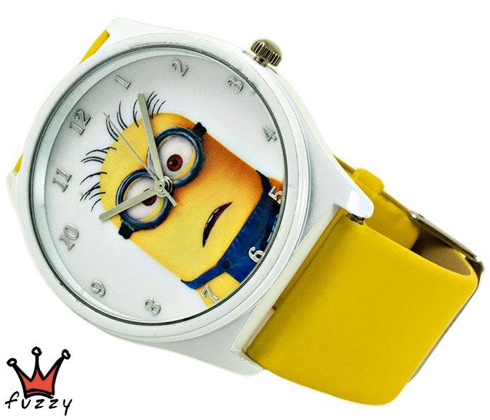 Ρολόι Minions, σε κίτρινο και λευκό με παραστάσεις minions στο εσωτερικό του. Πλαστικό λουράκι σε κίτρινο χρώμα. Διάμετρος καντράν 40 mm.