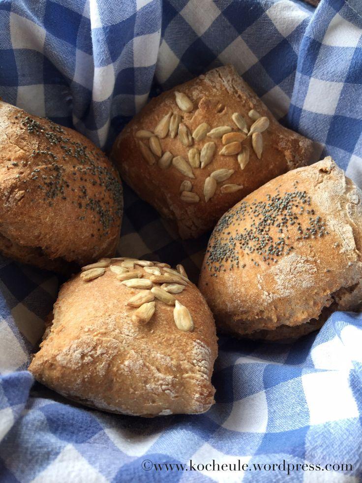 Fast wholemeal rolls or Sunday is saved.   – Frühstück