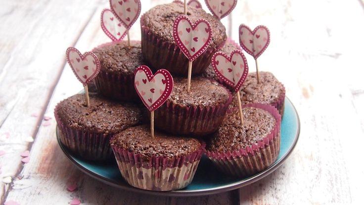 czekoladowe muffiny z mielonymi orzechami laskowymi