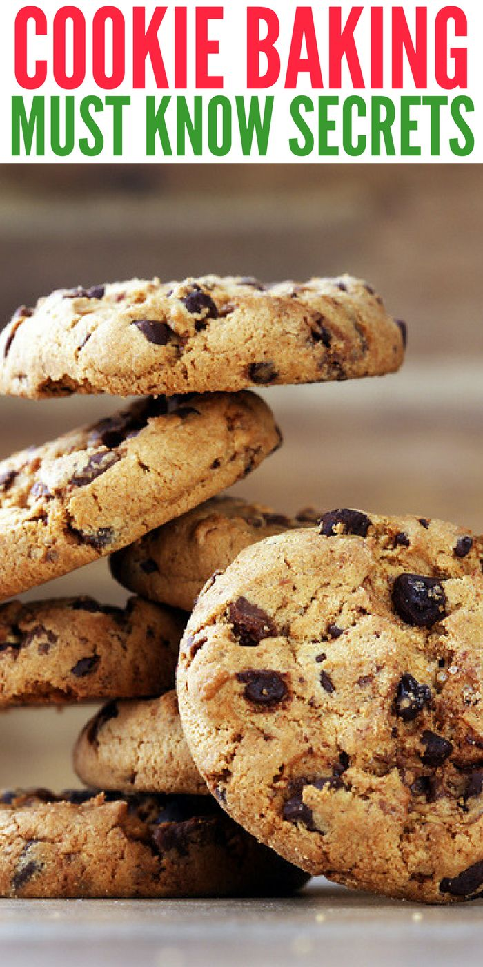 These cookie baking secrets are a must know for the holiday season. Learn how to make delicious cookies every time with these simple baking tips and tricks.one