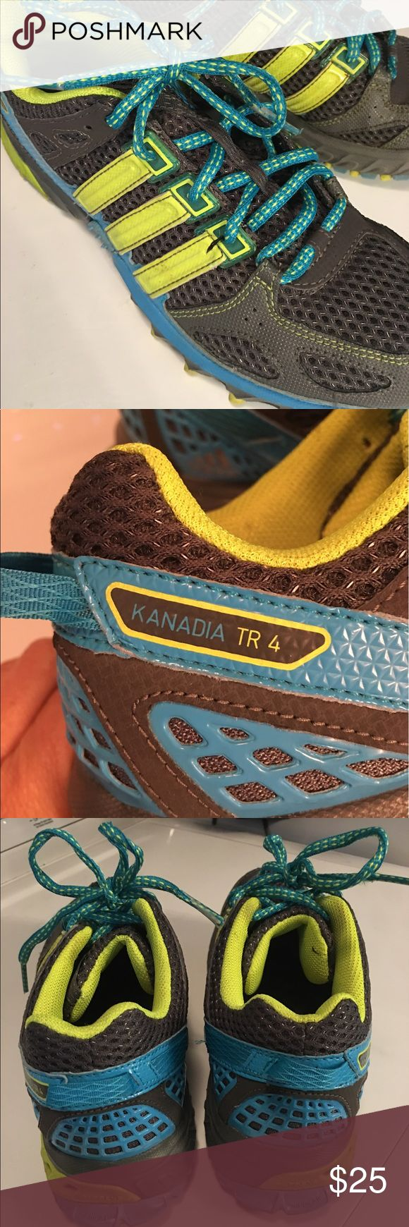 Women's Adidas Kanadia TR 4 Previously worn- Good Condition - Sz 7. Shoes Athletic Shoes