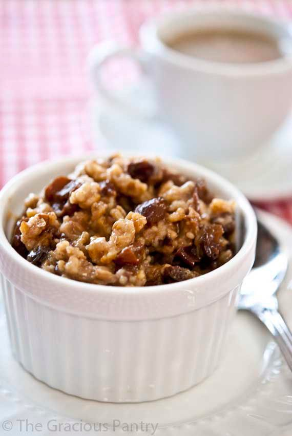 Clean Eating Slow Cooker Overnight Oatmeal Recipe