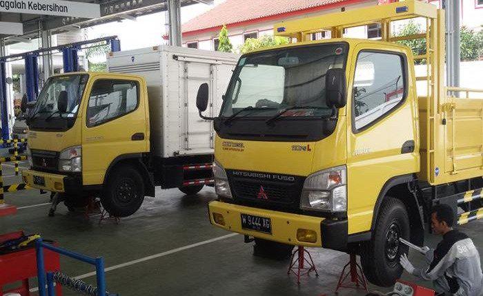 Kredit Truk Mitsubishi Termurah Kredit Mobil Mitsubishi Truk Coltdiesel Fuso Truk Mobil Mercusuar