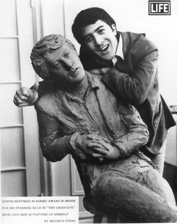Dustin Hoffman with statue of himself