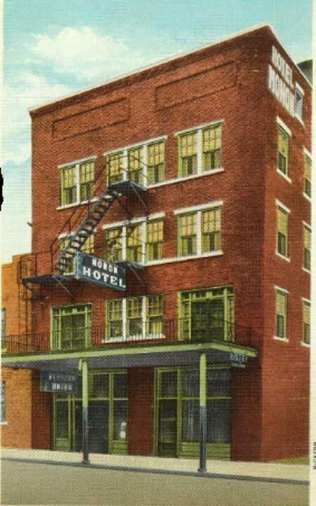 Monon Hotel Historic Hometown Crawfordsville Indiana Pinterest Small Towns