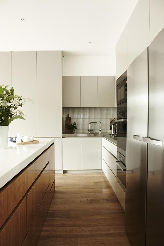 Chelsea Hing | Interiors Archive - Like the island bench and love the Miele fridge freezer combo