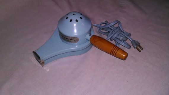 Vintage Original Light Blue Handy Hannah Products Corp Electric Hair Dryer.  Works great! FREE SHIPPING #freeshipping #antiques
