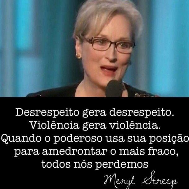 regram @walcyrcarrasco Meryl Streep nos emocionou ao se posicionar contra a xenofobia e o discurso de ódio tão propagados na era Trump.  Durante uma fala inspirada e histórica no #goldenglobes ela ressaltou a importância da imprensa livre e da imigração para a diversidade cultural de um país #merylstreep