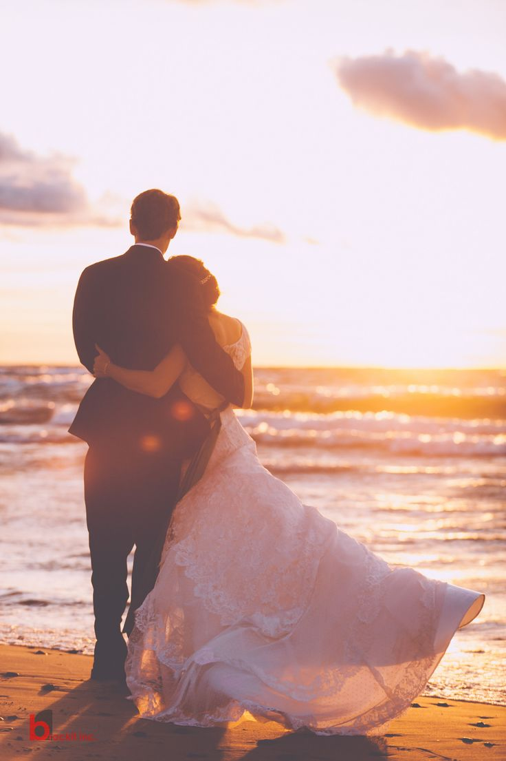Wonderful 47 Romantic Beautiful Sunset Wedding Photos