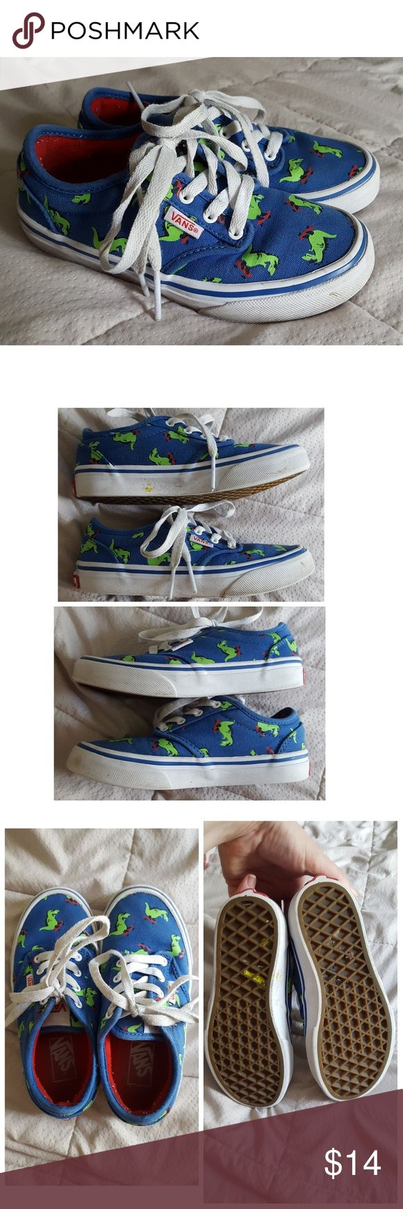 Little kids VANS skate shoe sz 12.5 Y These are super cute and in great condition! Just wipe the white rubber part and they'll look almost new. Only worn about 3 times before my little guy grew out of them. Appropriate for boy or girl Vans Shoes