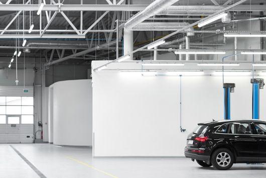 lakiernia Volkswagen Modlniczka - oświetlenie HSK LEDY o Ra>90 pozwalającym na poprawną ocenę kolorystyczną karoserii jak przy swietle dziennym #led #light #CRI>90