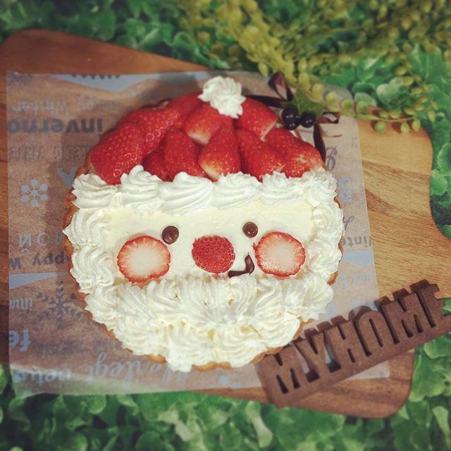 ケーキできたっ♪ またまたレアチーズタルト笑  #Xmas#ケーキ#クリスマスケーキ#Christmascake#サンタ#レアチーズケーキ#レアチーズタルト#バイト終わり#時間なかった#時短メニュー