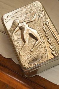 Creative Company   Pewter it – Treasure-box book-tin