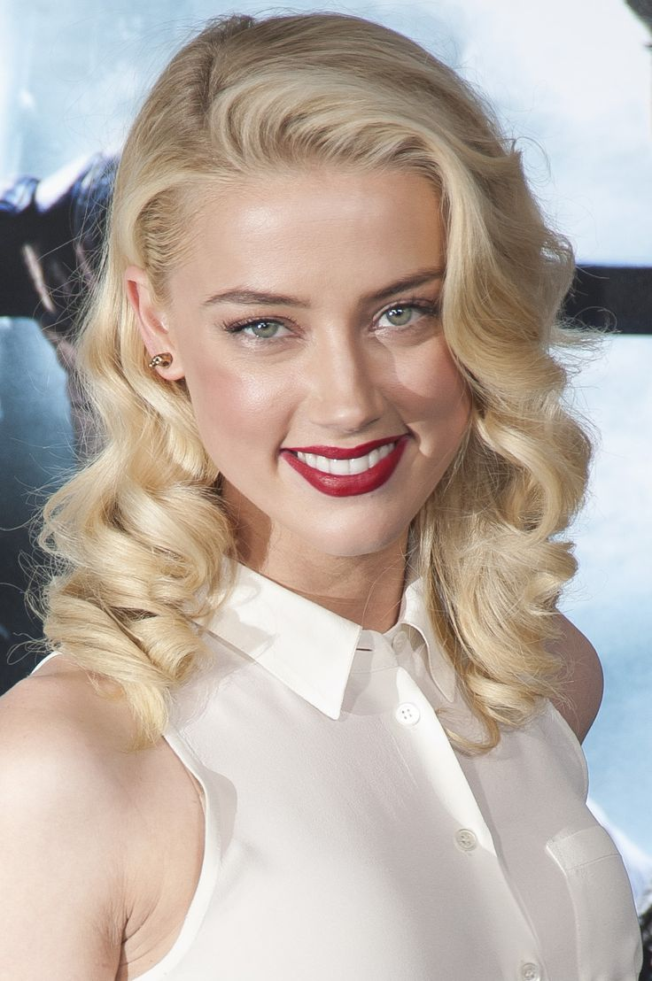 Stunning Amber Heard She makes me wanne be rich and powerful!... Her first movie role was Maria in Friday Night Lights (2004).