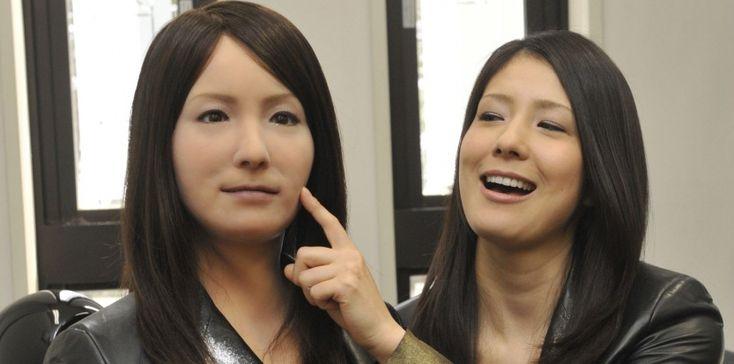 Une réflexion autour de l'androïde, ce robot à l'apparence humaine qui suscite dans d'émotions et de questions.