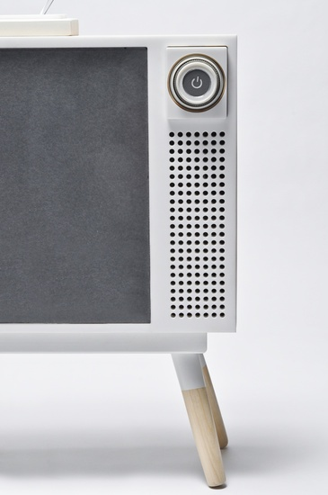 t.v by Mike Chen looks retro in a modern way #industrial #product #design