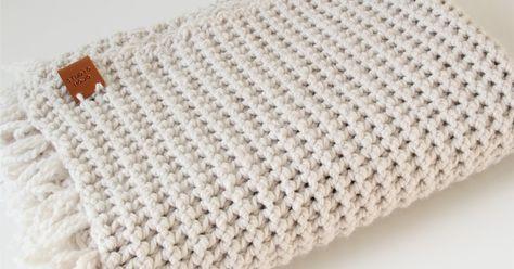 Ik heb een nieuwe favoriete haaksteek gevonden: vasten paarsgewijs!Het is een simpele steek maar zorgt voor een super mooie en stoere struc...