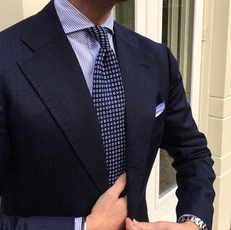 #Violamilano #Elegance #Fashion #Menfashion #Menstyle #Luxury #Dapper #Class #Sartorial #Style #Lookcool #Trendy #Bespoke #Dandy #Classy #Awesome #Amazing #Tailoring #Stylishmen #Gentlemanstyle #Gent #Outfit #TimelessElegance #Charming #Apparel #Clothing #Elegant #Instafashion