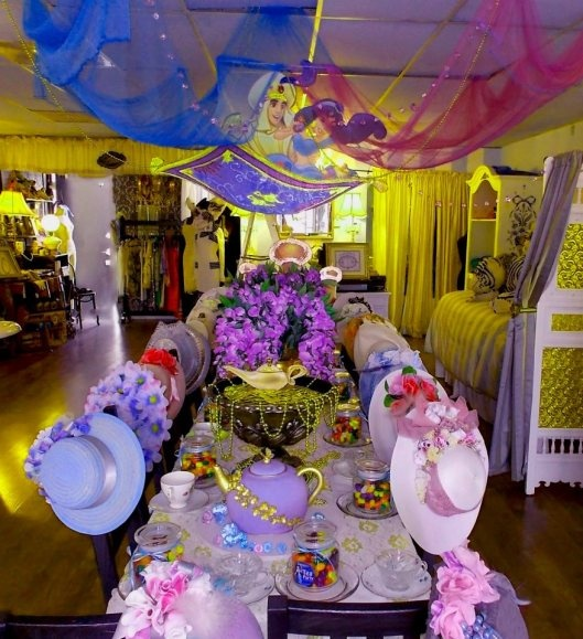 Jasmine dessert table ceiling decoration aladdin party for Aladdin decoration ideas