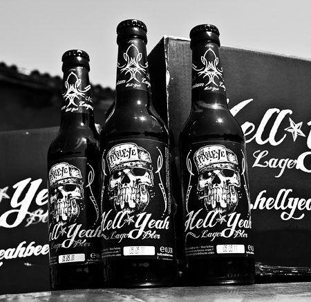 Hell Yeah Beer.   Nice graphics IMPDO.: Nice Graphics, Beautiful Beer, Beer Packaging, Beer Bottle, Brewbeer Homemadeb, Bottle Beer, Hells Yeah, Beer Design, Yeah Beer