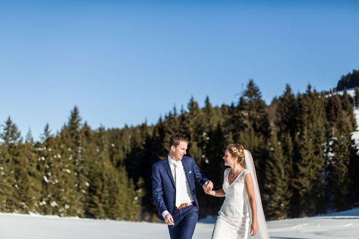Wedding photography in Austria. Destination wedding in Europe. Hochzeitsfotografie Österreich by Dario Endara Weddings. Winter wedding in the snow and mountains