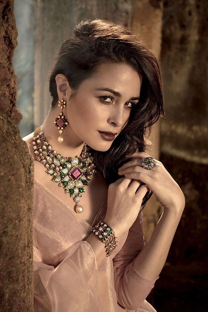 Kundan Emerald Necklace