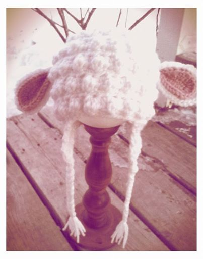 Welcome spring with this adorable crochet lamb hat.Available in newborn - 4TColour Options: White, Cream or GreyMade to order.  Turnaround time for crochet items is 1.5-2wks.*Larger sizes available via custom order.Leave comment with colour choice at checkout.