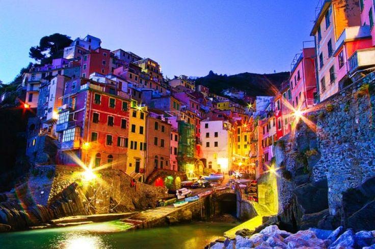 【イタリア】死ぬまでに行きたい! カラフルな街並みが美しすぎるチンクエテッレを旅しよう♪