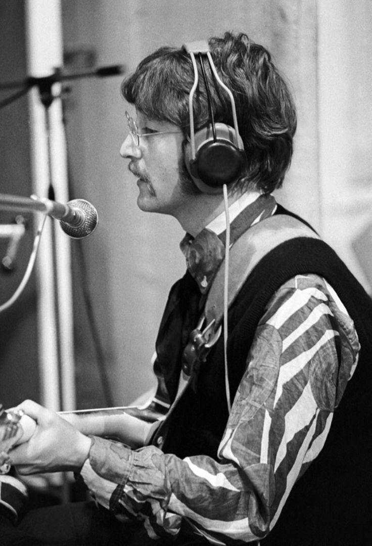 「john lennon vocal recording 1967」の画像検索結果