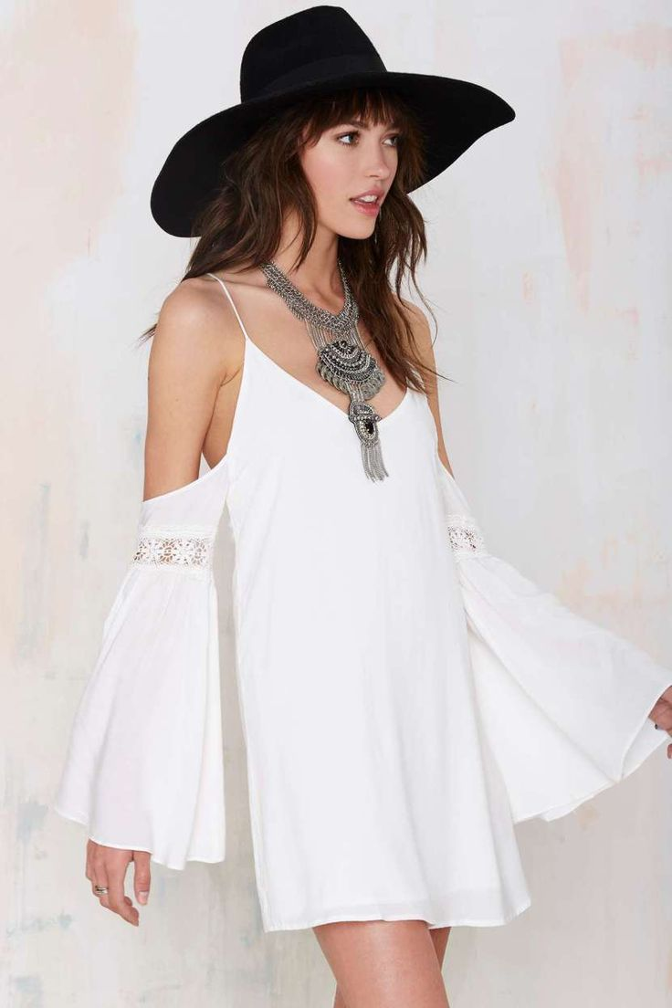 Casual flowy white dress fashion style 2015 - Bell Sleeves Are Back For Spring 17 Gorgeous Pieces To Snag Now Fashion 2015boho Stylebell