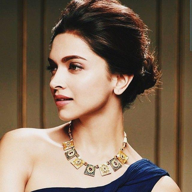 Stunner.  #Tanishq #DeepikaPadukone
