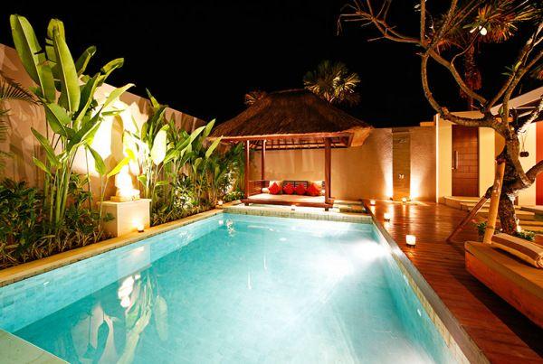 11. Pool Villa Pool night