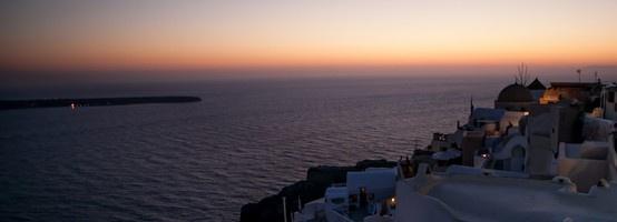 Travel Pinspiration: The Web's Best Sunset Photos  HArd to beat a Santorini sunset