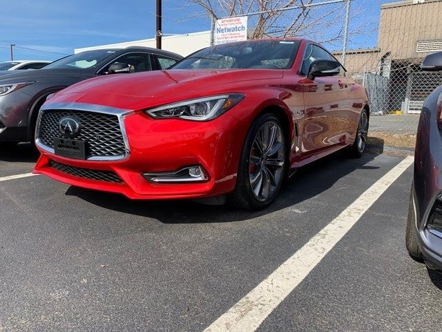 The Infiniti Q60 Available In Coupe And Convertible Versions Is The Counterpart To The Premium Brands Midsize Q50 Sedanlike In 2020 Infiniti New Infiniti Car Features