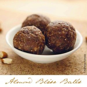 Looking for a great snack idea that's both nutritious and delicious? Well look no further – this recipe for Almond Bliss Balls fits the bill! Ready in just a few hours, Almond Bliss Balls are perfect for Launch Parties, when you're on-the-go or need a little bounce in your step.