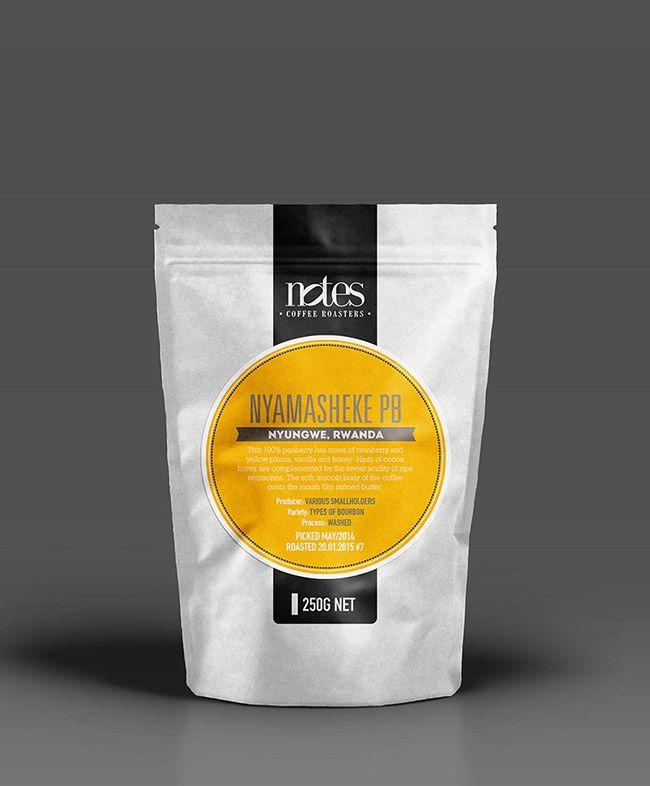 Criação e desenvolvimento das embalagens de café para a linha própria do Notes Coffee, Food & Wine, de Londres.