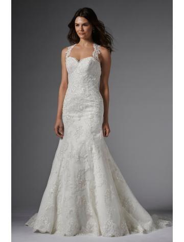robe de mariée sirène longue col en coeur dentelle